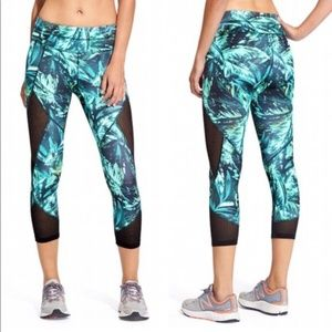 Athleta Printed Teal Mesh Workout Capri Leggings